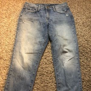 Universal thread high rise straight leg jeans 8/29